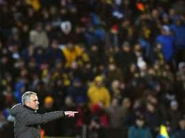 Mourinho se queixou do gramado de Rostov e a Liga Russa fechou o campo. AFP