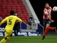 Luis Suarez (d), lors du match de Liga face à Villarreal. AFP