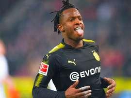 Michy Batshuayi exulte après avoir marqué sur le terrain de Cologne. AFP