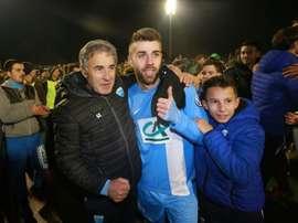 L'entraîneur de Trélissac Zivko Slijepcevic célèbre la victoire face à Lille en Coupe de France. AFP