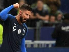 Conte já escolheu um atacante: Giroud. AFP
