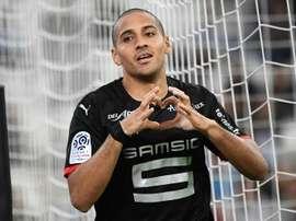 El franco-tunecino está cedido en el equipo inglés. AFP