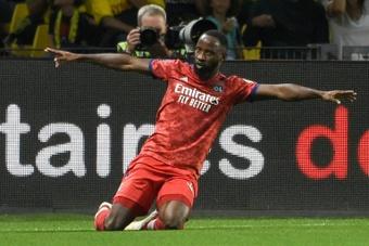 Premier succès pour Lyon, contre Nantes