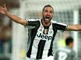 Lattaquant de la Juventus Gonzalo Higuain auteur dun but face à la Firorentina, le 20 août 2016 à Turin