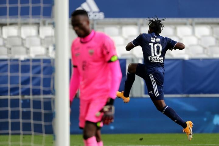 Samuel Kalu victime d'un malaise pendant Marseille-Bordeaux. AFP