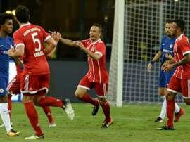 O Schalke 04 sonha com a volta de Rafinha. AFP
