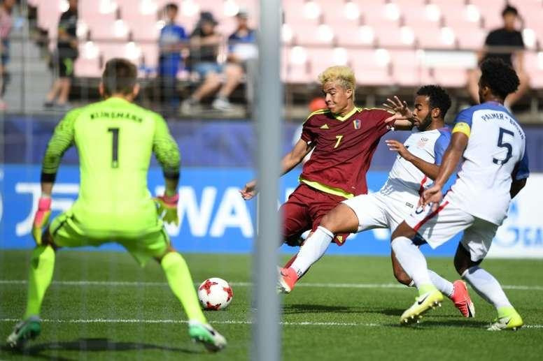L'attaquant vénézuélien Adalberto Penaranda face aux Etats-Unis lors du Mondial U20. AFP