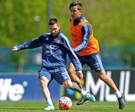 Dybala, toujours élogieux quand il s'agit de Messi. AFP