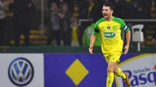 Dubois rejoint Lyon. AFP