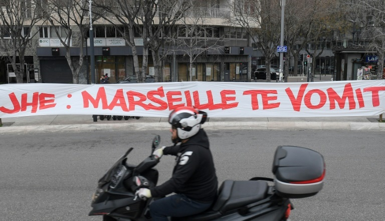 Marseille match postponed after fans storm training ground to protest