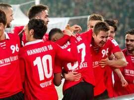 El Hannover no se rinde pese a estar hundido en el fondo de la Bundesliga. AFP