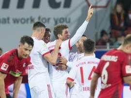 O Bayern goleou o Freiburg por 0-4. AFP