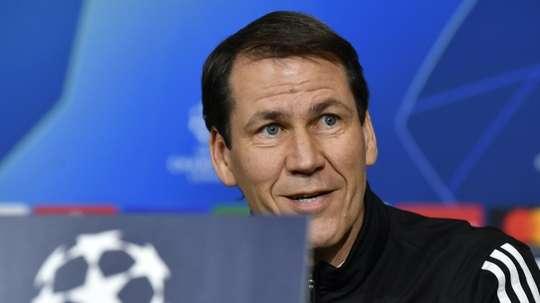 Garcia préféré à Blanc, Juninho explique son choix. AFP