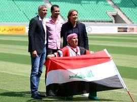 Les anciens footballeurs argentin Crespo (g), irakien Mahmoud (c) et espagnol Salgado. AFP