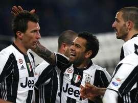 A Juventus leva dez pontos de vantagem na liderança da Serie A. AFP