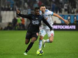 Allan Saint-Maximin estaría muy cerca de convertirse en nuevo jugador del Sevilla. AFP/Archivo