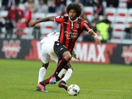 Dante et l'OGC Nice ont été accrochés par le FC Metz sur leur pelouse à l'Allianz Riviera. AFP