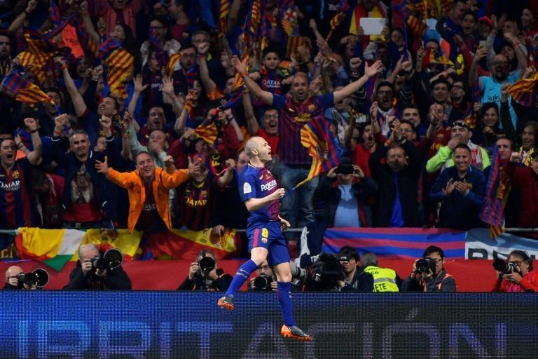 Le FC Barcelone est Champion d'Espagne — Liga