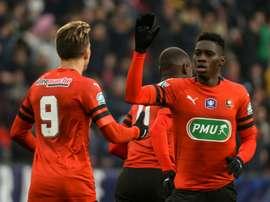 Ismaila Sarr (de face) a marqué le but de légalisation pour Rennes. AFP