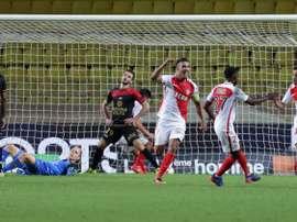 Le Monégasque Bernardo Silva buteur sur penalty face à Guingamp au stade Louis-II, le 12 août 2016