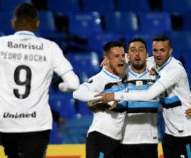 El conjunto brasileño consigue su pase a cuartos de final. AFP