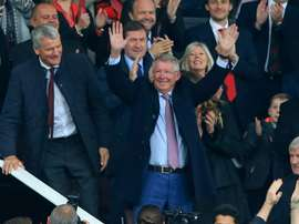 Ferguson voltará ao banco de Old Trafford. AFP