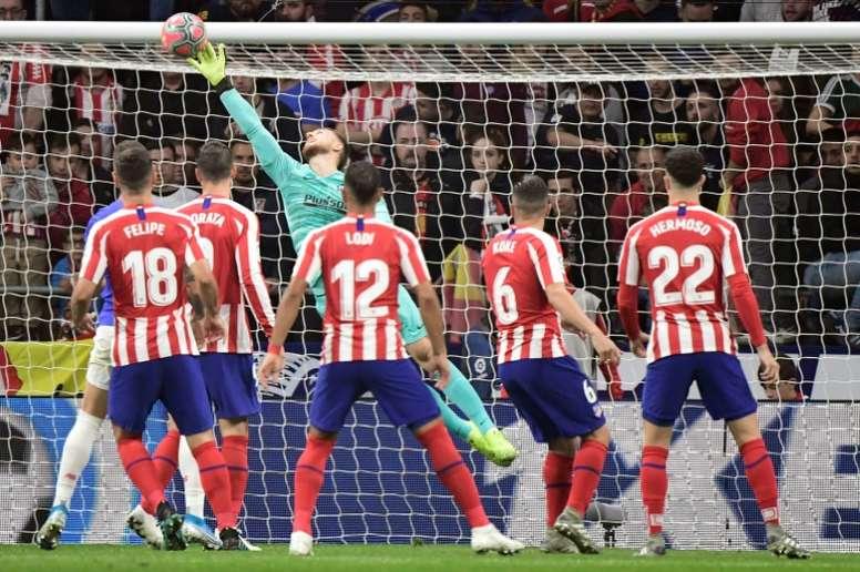 Al Atlético le habría gustado dar más en LaLiga. AFP
