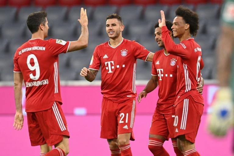 Los jugadores del Bayern celebran un gol