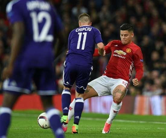 Marcos Rojo pode sair do Manchester. AFP