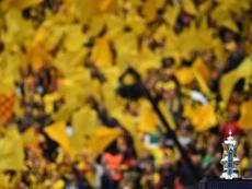 Deux hommes arrêtés après le match interrompu pour insultes racistes. AFP