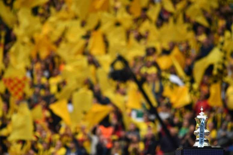 Angleterre: deux hommes arrêtés après le match arrêté pour insultes racistes. AFP