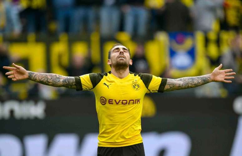 Paco Alcácer está que se sale en el Borussia Dortmund. AFP