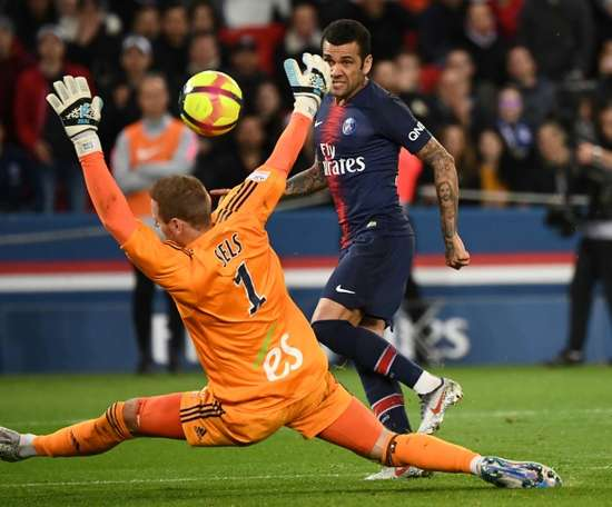 PSG are still not mathematically champions. AFP