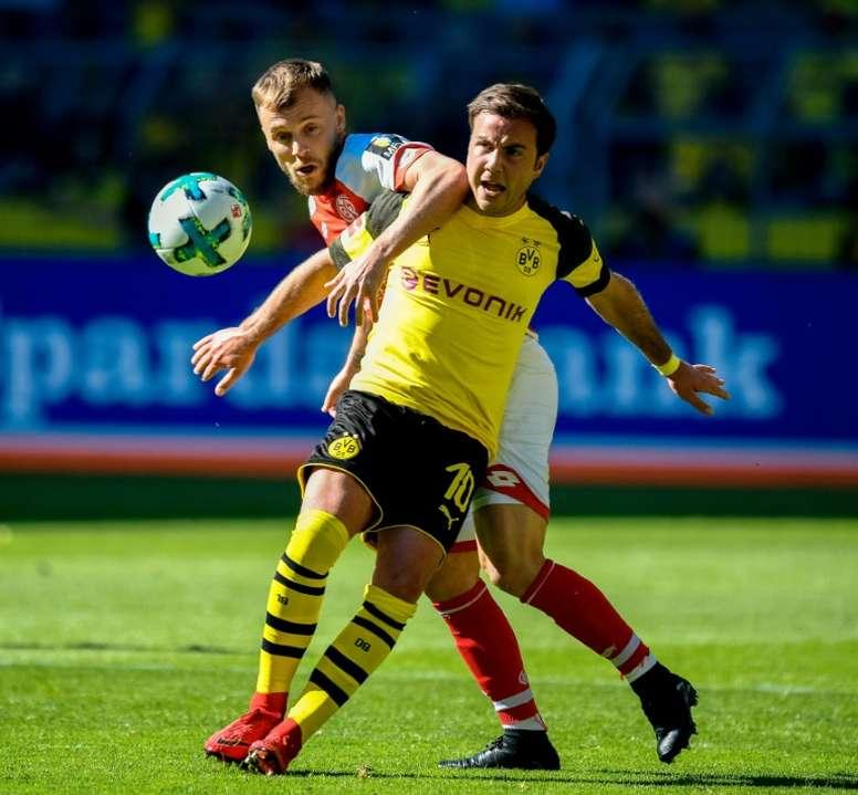 Götze no seguirá en el Borussia Dortmund. AFP