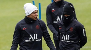 Paris are mad, Mbappe won't renew and Madrid are waiting. AFP
