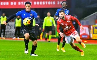 El Rennes quiere reforzar su defensa con Saliba. AFP