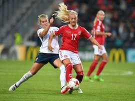 Le Norvégienne Ada Hegerberg face au Danemark lors de l'Euro à Deventer aux Pays-Bas. AFP