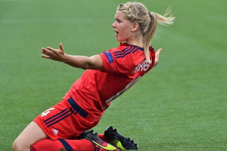 A atacante Ada Hegerberg já marcou mais gols que CR7. AFP