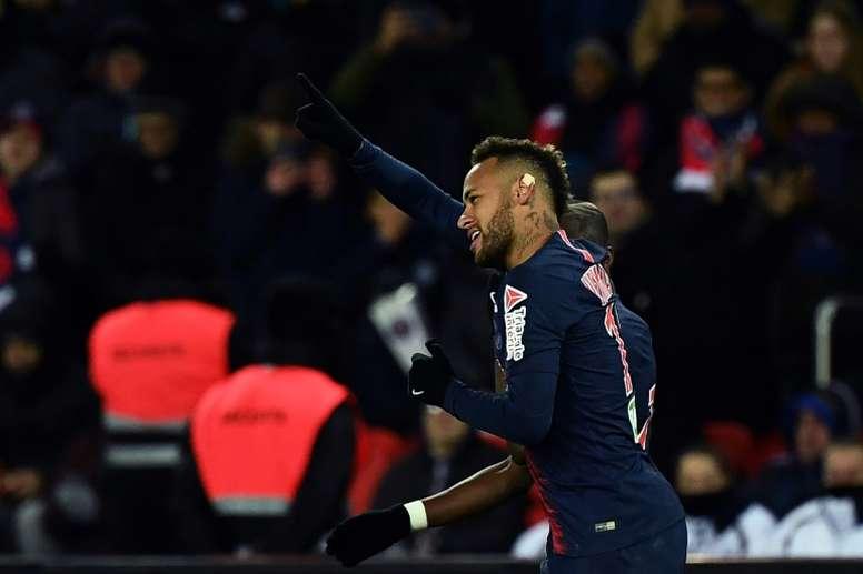 Neymar lors des quarts de finale de Coupe de la Ligue face à Guingamp. AFP