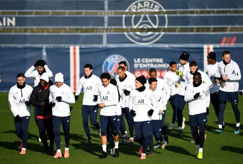 El PSG volverá a entrenar en aproximadamente un mes. AFP