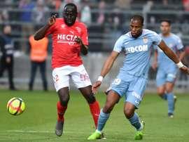 Djibril Sidibé lors de la défaite à Nîmes en 36e journée de L1. AFP
