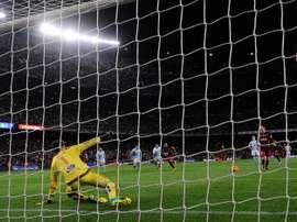Messi y Suárez ejecutaron el famoso penalti el pasado 14 de febrero ante el Celta de Vigo. AFP