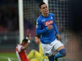 O Napoli bateu o Feyenoord por 3-1. AFP