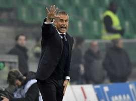 Sylvinho não está conseguindo bons resultados. AFP