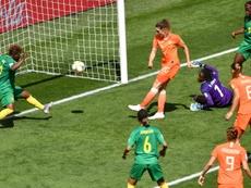 Les Pays-Bas en 8es après un succès brouillon face au Cameroun. AFP