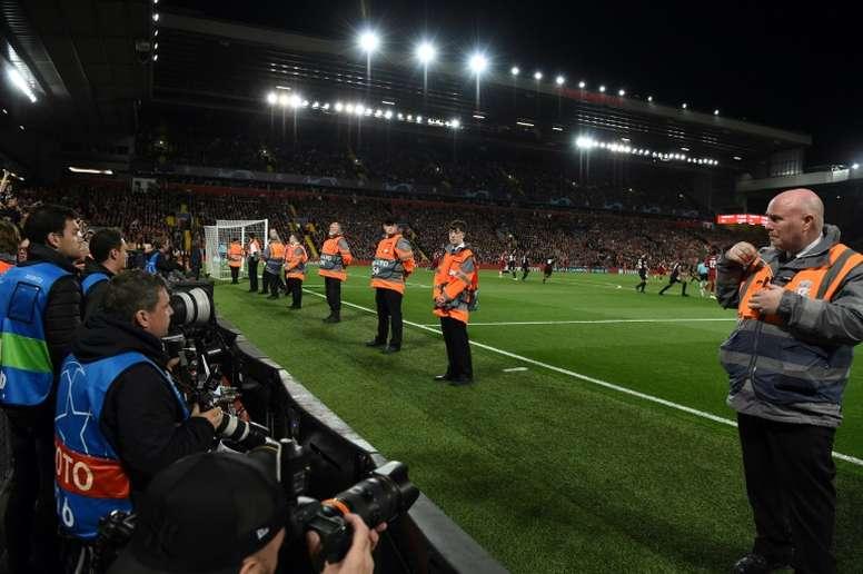 Liverpool culpa a los aficionados 'colchoneros'. AFP