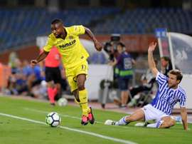 Le milieu de la Real Sociedad (d) Asier Illarramendi lors du match face à Villarreal. AFP