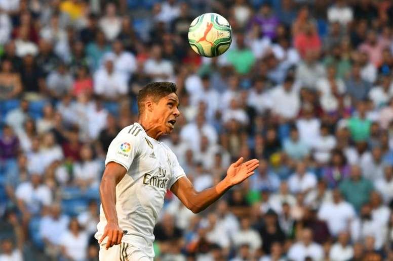 Zidane veut un autre défenseur français en cas de départ de Varane. EFE