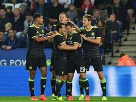 La joie des joueurs de Chelsea après le but de Cesar Azpilicueta (N.28 à Leicester en Coupe de la Ligue anglaise, le 20 septembre 2016