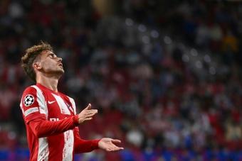 El Atlético tropieza en el debut con el Oporto. AFP